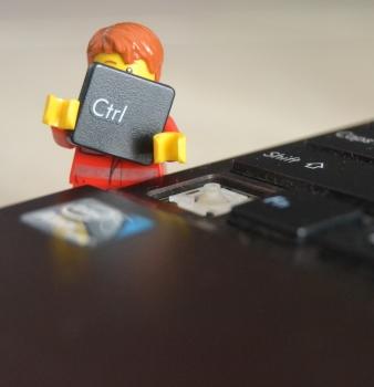 שלחתם אימייל בטעות ל רשימת תפוצה ? איך מבטלים או מתקנים טעות דיוור אלקטרוני